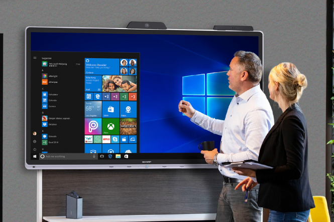 Sharp Windows Collaboration Display PN70WCD - 70 Zoll - 350 cd/m² - 3840x2160 Pixel - 30 Touchpunkte